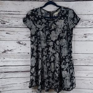 Silent + Noise black and white floral dress small